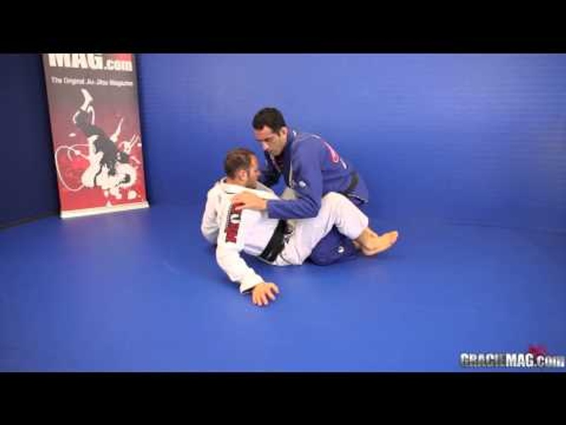 BJJ lesson: The Estima Brothers teach a kneebar and a triangle choke