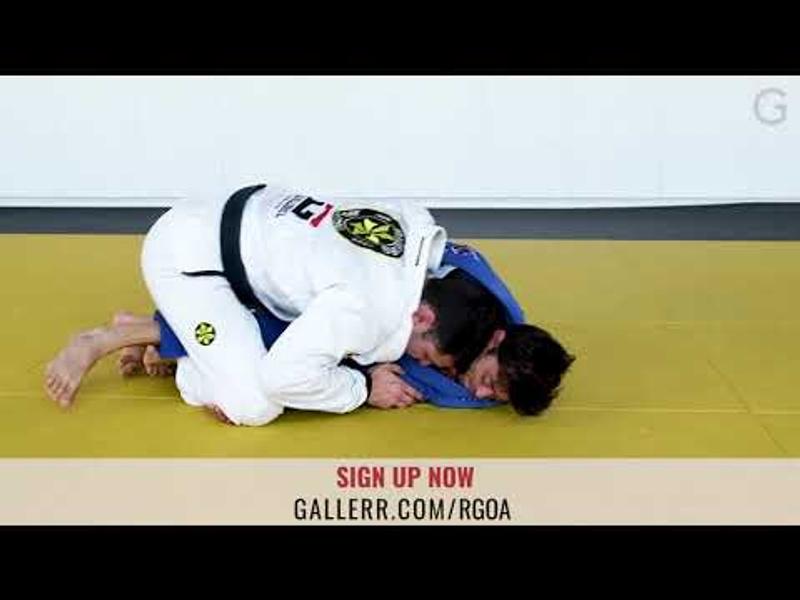 BJJ lesson: techniques for regaining the mount
