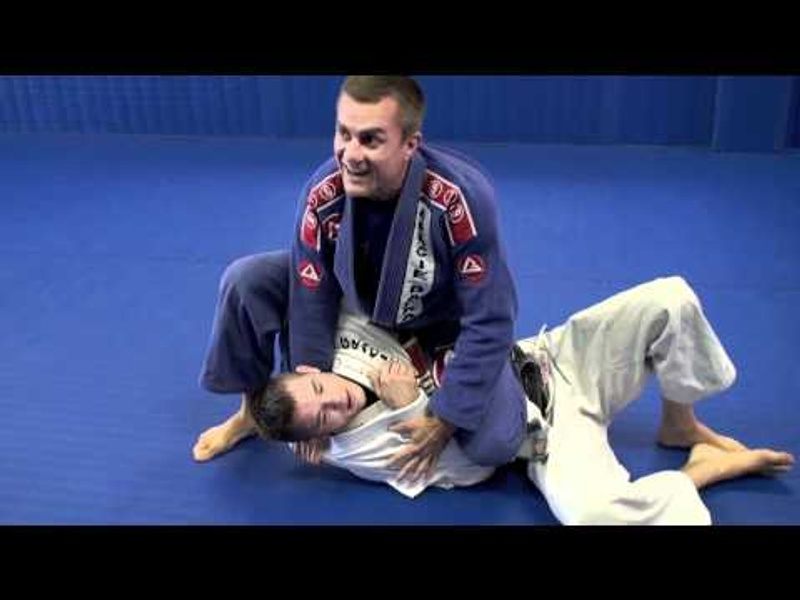 Learn the samurai choke and increase your BJJ arsenal
