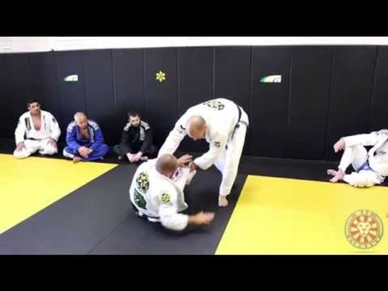 BJJ: Xande Ribeiro teaches a powerful guard-passing combination