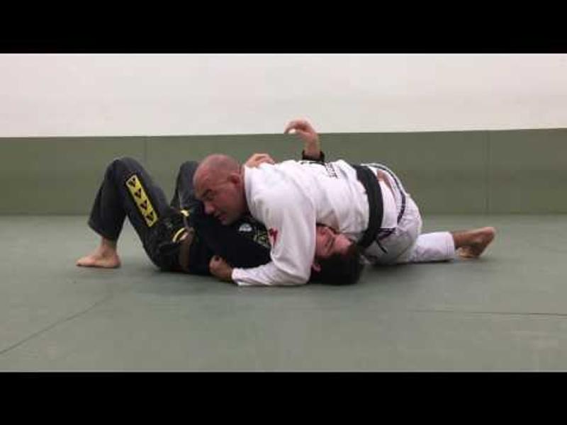 Jiu-Jitsu: Fabio Gurgel ensina estrangulamento do cem quilos