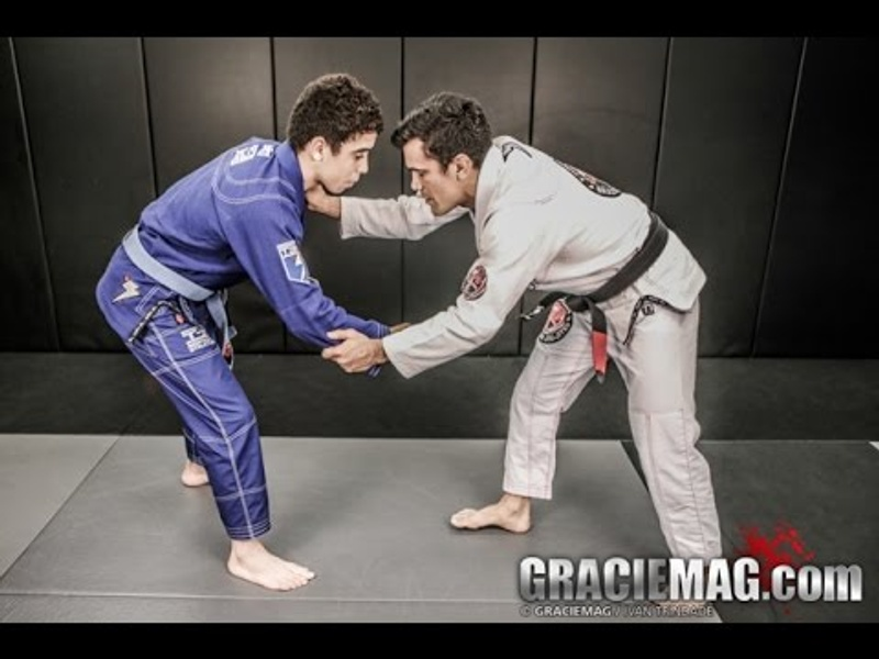 Cobrinha teaches the Collar Drag to Single Leg Takedown