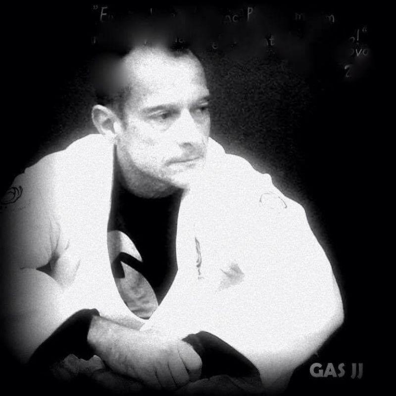 Está numa tormenta vá treinar, só Jiu Jitsu salva! Defeat your fears!