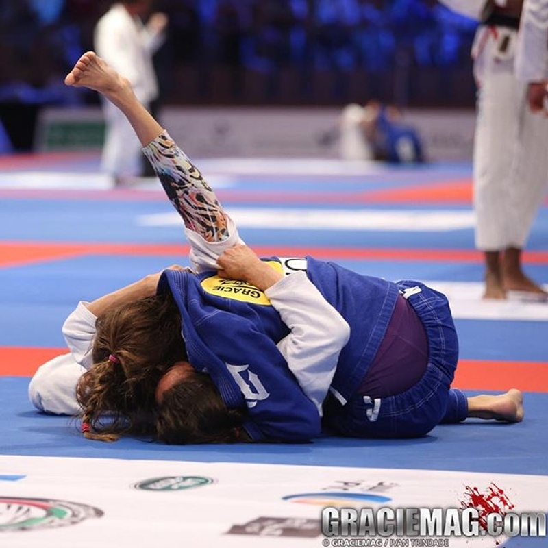 Galleries from Abu Dhabi: blackbelts keep rolling to reach the finals