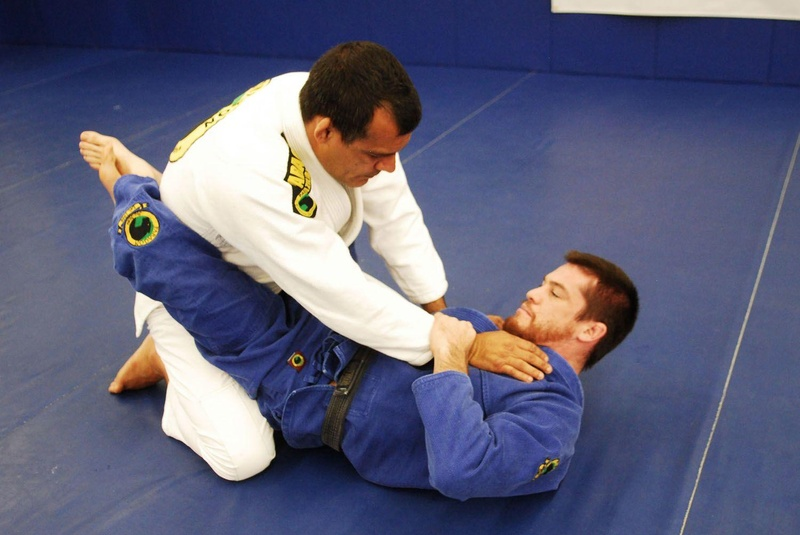 BJJ techniques: Bill Cooper teaches the classic armolck