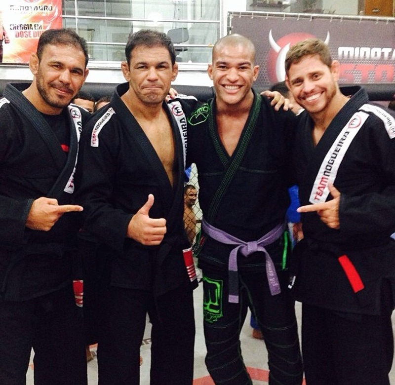 Mahamed Aly with Rogério Minotouro, Rodrigo Minotauro and Everaldo Penco at Team Nogueira
