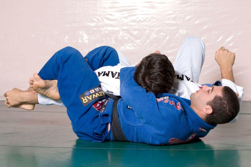 "Learn with Augusto ""Tanquinho"" Mendes how to apply a double attack"