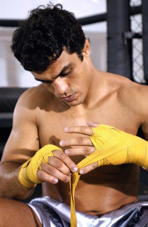 Em 2004, bastidores do treinamento de Vitor Belfort para disputa do cinturão contra Randy Couture