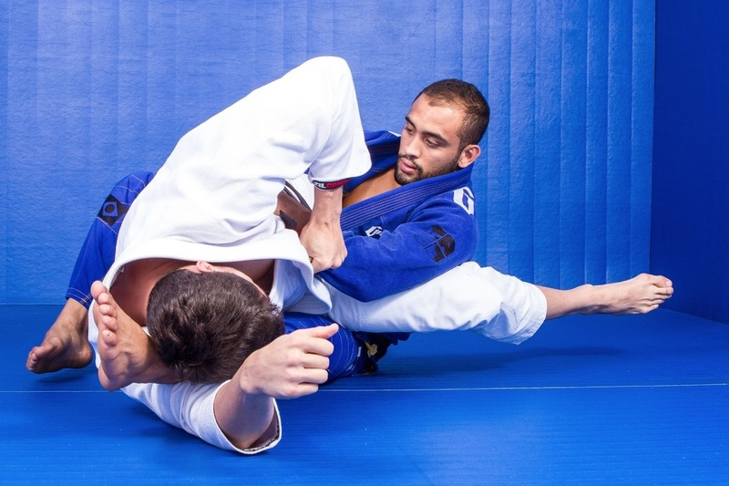 "BJJ Techniques: Antonio Carlos Junior ""Cara de Sapato"" teaches how to apply a sweep from closed guard"