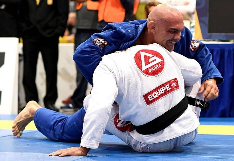 "Roberto Godoi finished Cristiano ""Titi"" Lazzarini with a lapel choke at the open class final"