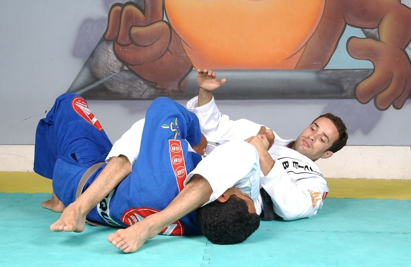 Brazilian Jiu-Jitsu lesson: Marcio Feitosa teaches the classic armbar