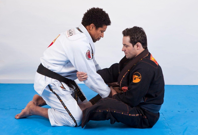 Learn how to use the sitting guard to sweep
