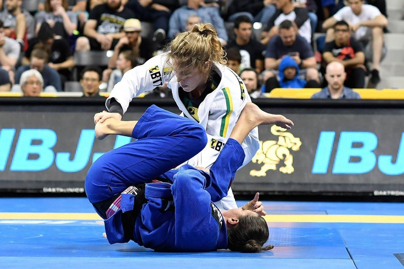 BJJ Worlds 2016: Fernanda Mazzelli vs. Alison Tremblay