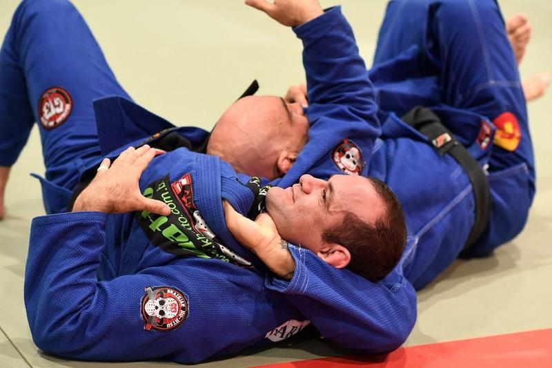 Roberto Godoi teaches how to apply the loop choke