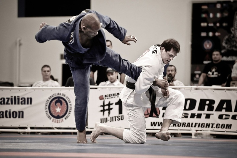 Bruno Bastos vs Roger Gracie at BJJ Worlds 2009