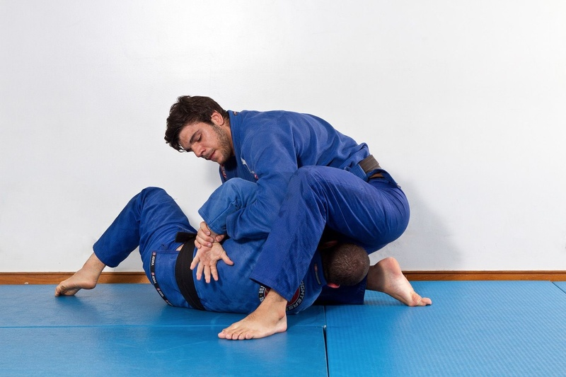 Brazilian Jiu-Jitsu lesson: João Gabriel Rocha teaches how to defend the single leg with the kimura attack