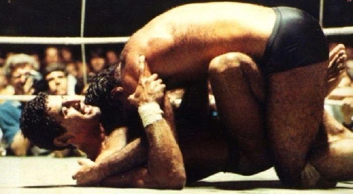 O desafio do Jiu-Jitsu contra o Muay Thai e a Luta-Livre em 1984