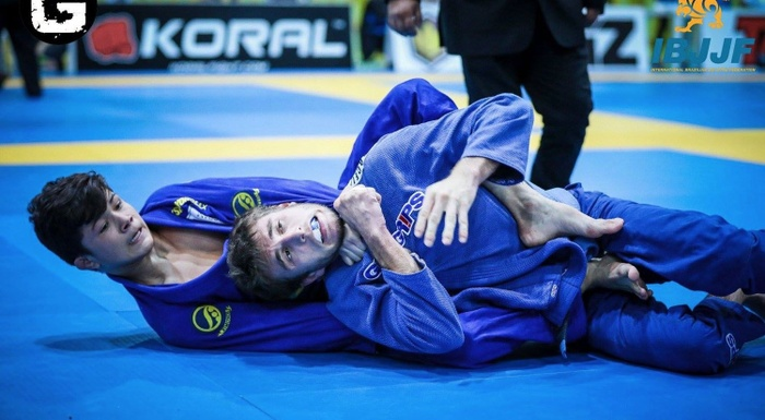 "Photos: ""Little Miyao"" in action, and a favorite knocked out of the Euro"