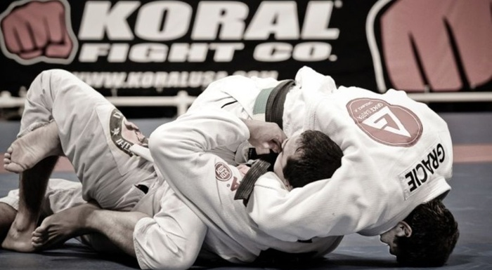 Brazilian Jiu-Jitsu lesson: Learn some effective ways to escape from the mount