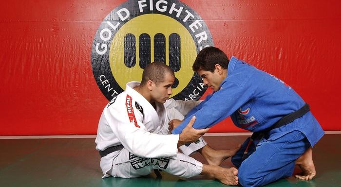 Leo Vieira teaches how to takes the back