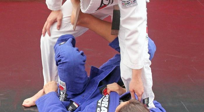 Michelle Nicolini ensina botinha partindo da guarda-X