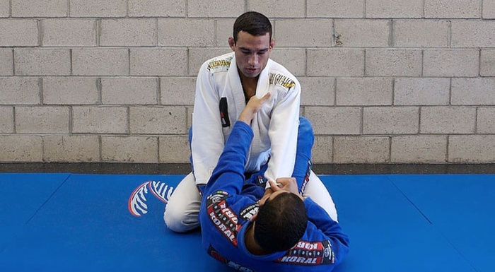 BJJ techniques: Fabricio Werdum teaches how to open and pass the closed guard
