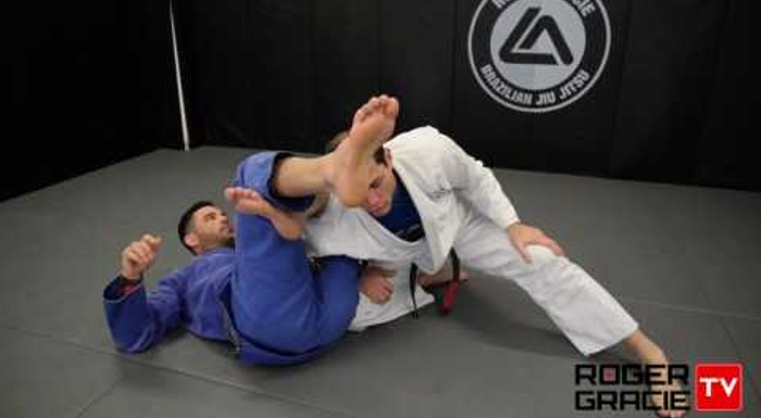 How to ward off the omoplata in BJJ, with Roger Gracie's tip