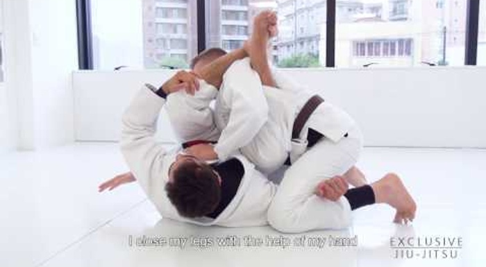 BJJ: Luiz Panza shows a powerful double attack starting from the closed guard