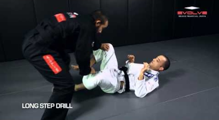 Learn 12 essential BJJ drills in just 2 minutes