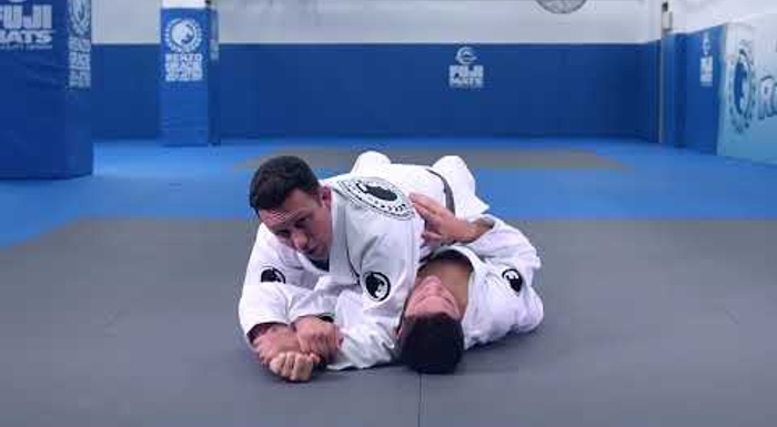 Renzo Gracie's americana from the mount