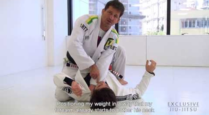 BJJ: Murilo Bustamante shows how to control the mount and choke