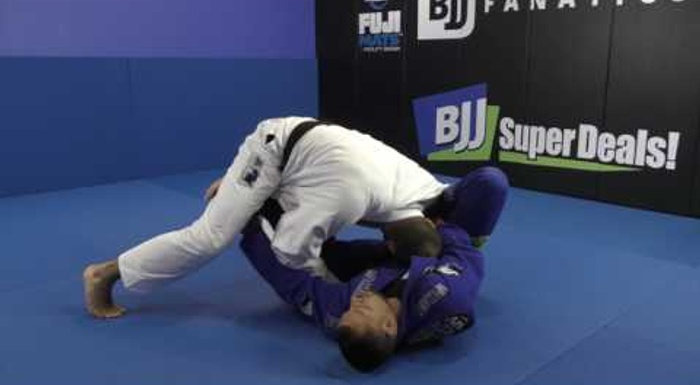 BJJ: How to avoid the lapel guard and the lasso guard, with Bernardo Faria