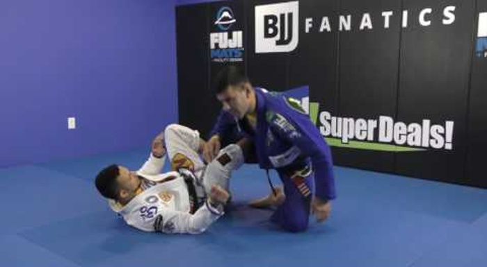 BJJ: Rodrigo Cavaca shows two ways to do the foot lock