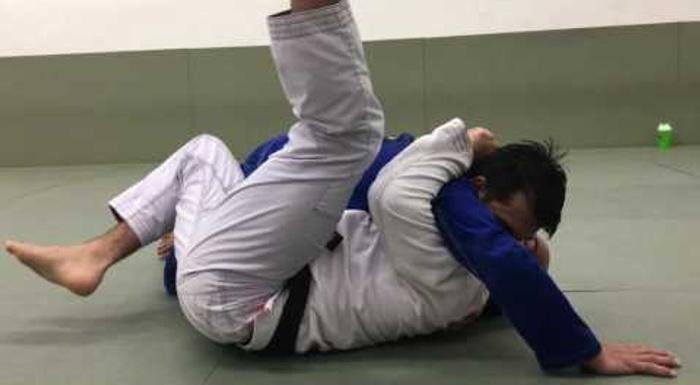 Jiu-Jitsu: Fabio Gurgel ensina defesa do cem quilos