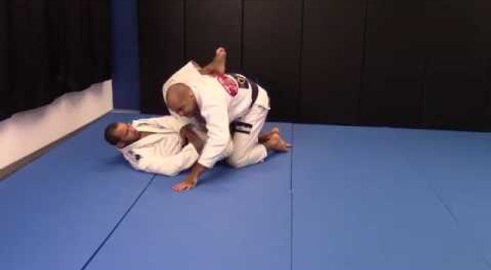 Bernardo Faria shows how to escape the guillotine in BJJ