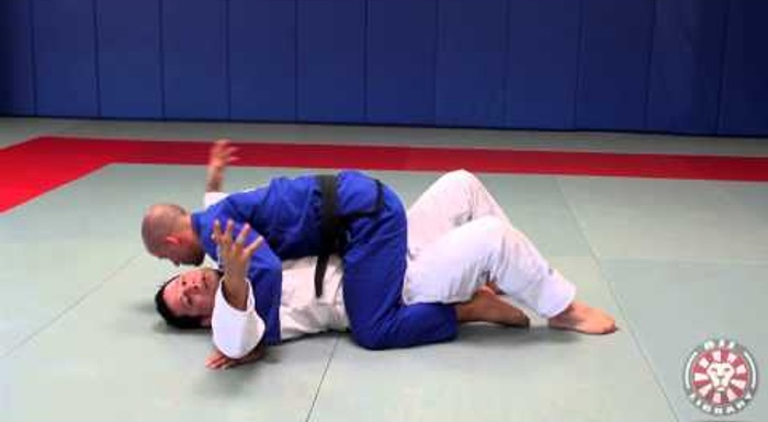 BJJ: Mount survival and mount elbow escape with Saulo Ribeiro