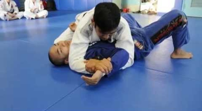 BJJ fundamentals: 4 attacks from side control