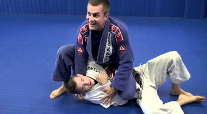 Learn the samurai choke and increase your BJJ arsenal