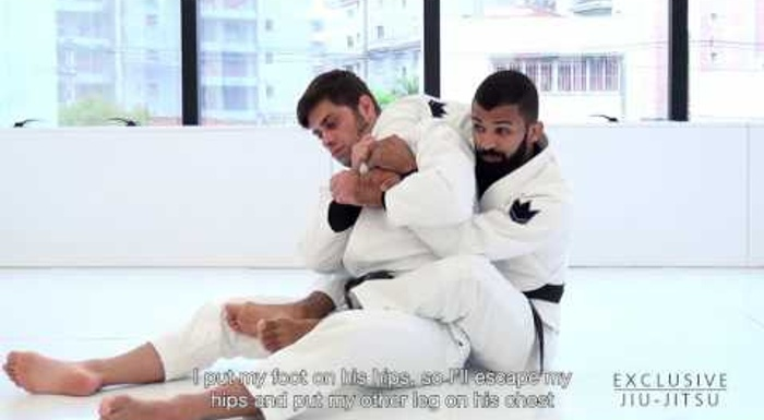 BJJ lesson: Bruno Malfacine teaches an armbar starting from the back-take