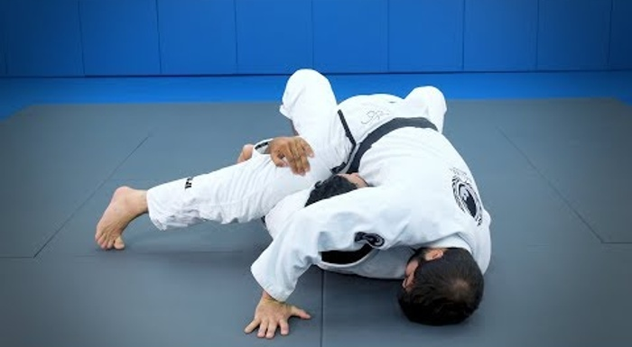 "Rafael ""Sapo"" Natal  - Attacks from the half-guard: A sweep with arm control"