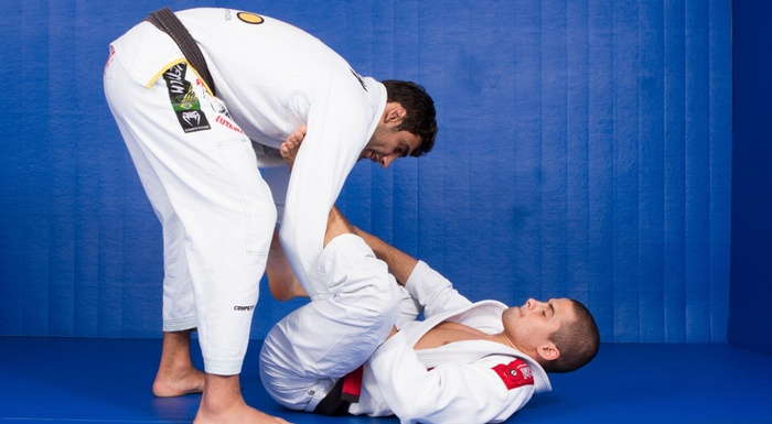BJJ Techniques: Leandro Lo teaches how to surmount the lasso guard