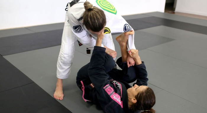 Brazilian Jiu-Jitsu lesson: Michelle Nicolini teaches triple attack from half-spider guard