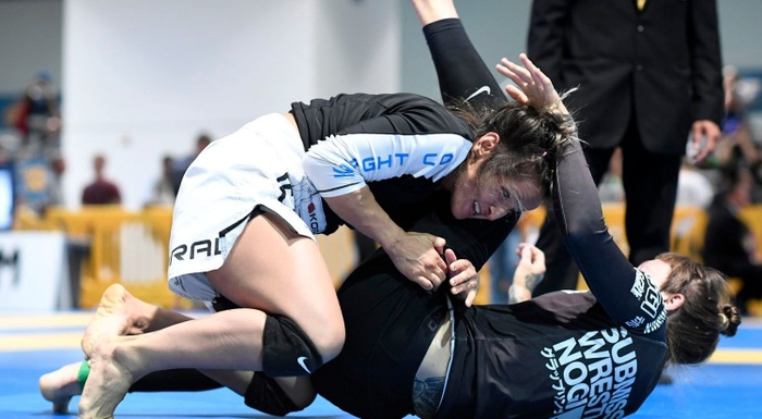 Brazilian Jiu-Jitsu US Nationals 2016: Ana Talita Alencar vs. Amanda Loewen