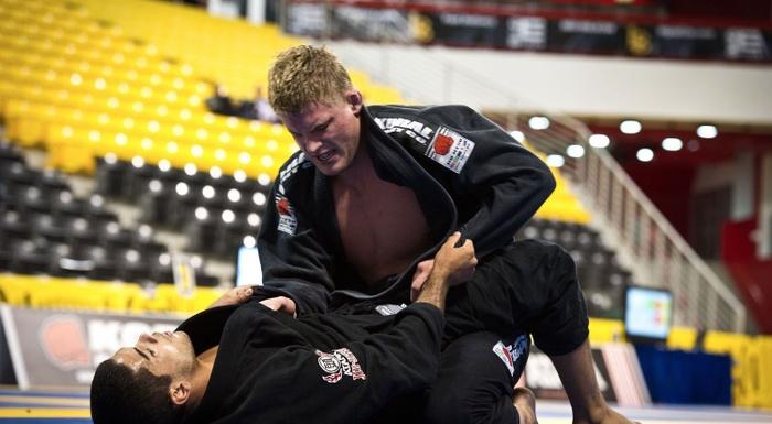 Brazilian Jiu-Jitsu lesson: Learn from Alexander Trans how to apply a leg lock from half-guard