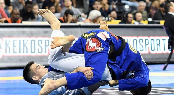 BJJ Worlds 2016: Paulo Miyao vs. Isaac Doederlein