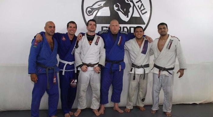 Treino com os campeões! Rafael dos Anjos e Bob Burnquist.