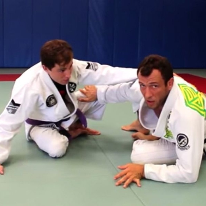 BJJ World Master 2016: Eduardo Telles teaches the concepts from the turtle guard