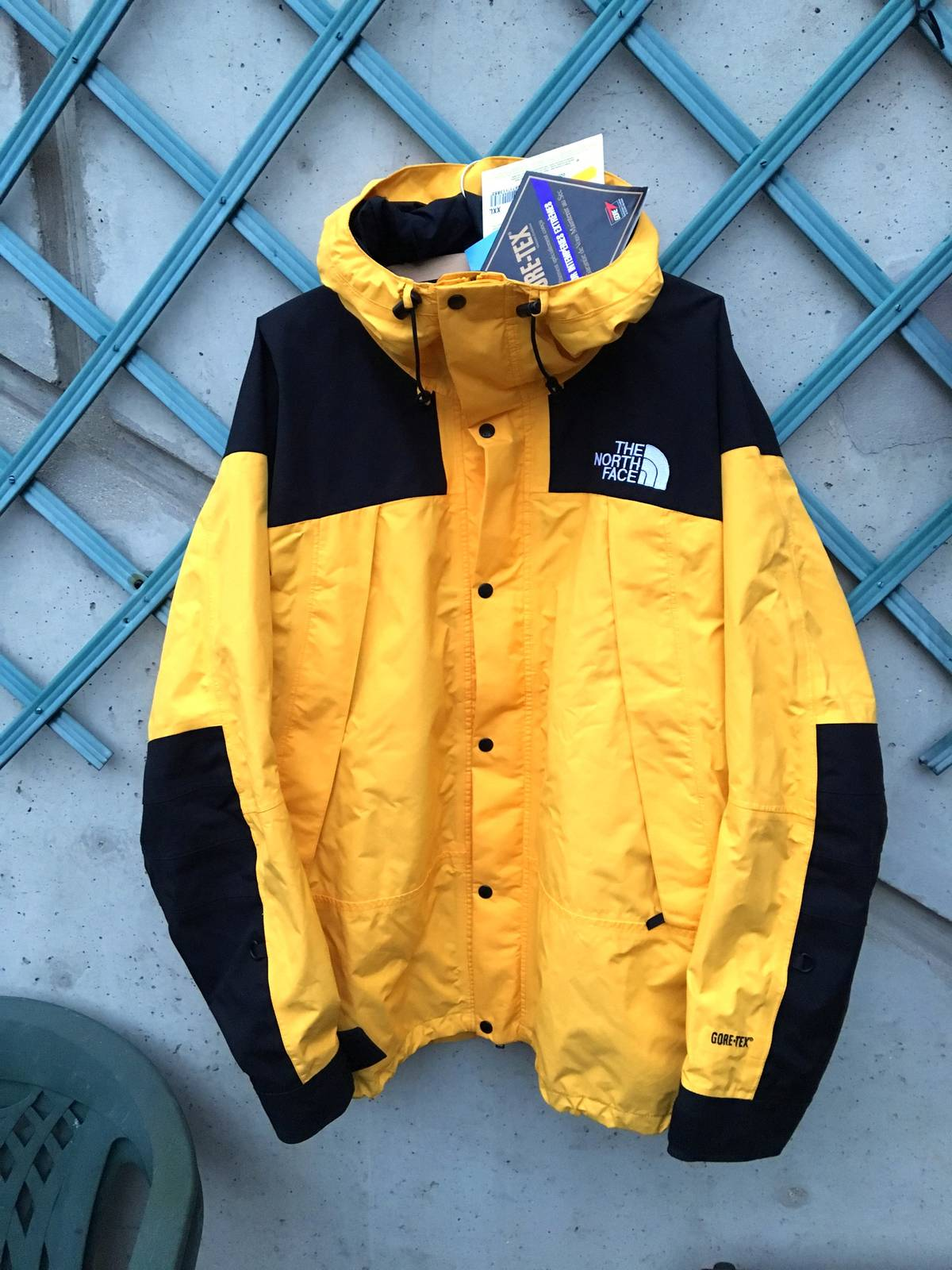 heli trans with North Face Gore Tex Hooded Jacket Vintage Northfaceoutlet En on North Face Gore Tex Hooded Jacket Vintage Northfaceoutlet en in addition C4 Transmission Help Wont Go Forward In Ground furthermore Skiing further Damen Windfarm Serviceschiff also Spezialtransporte.
