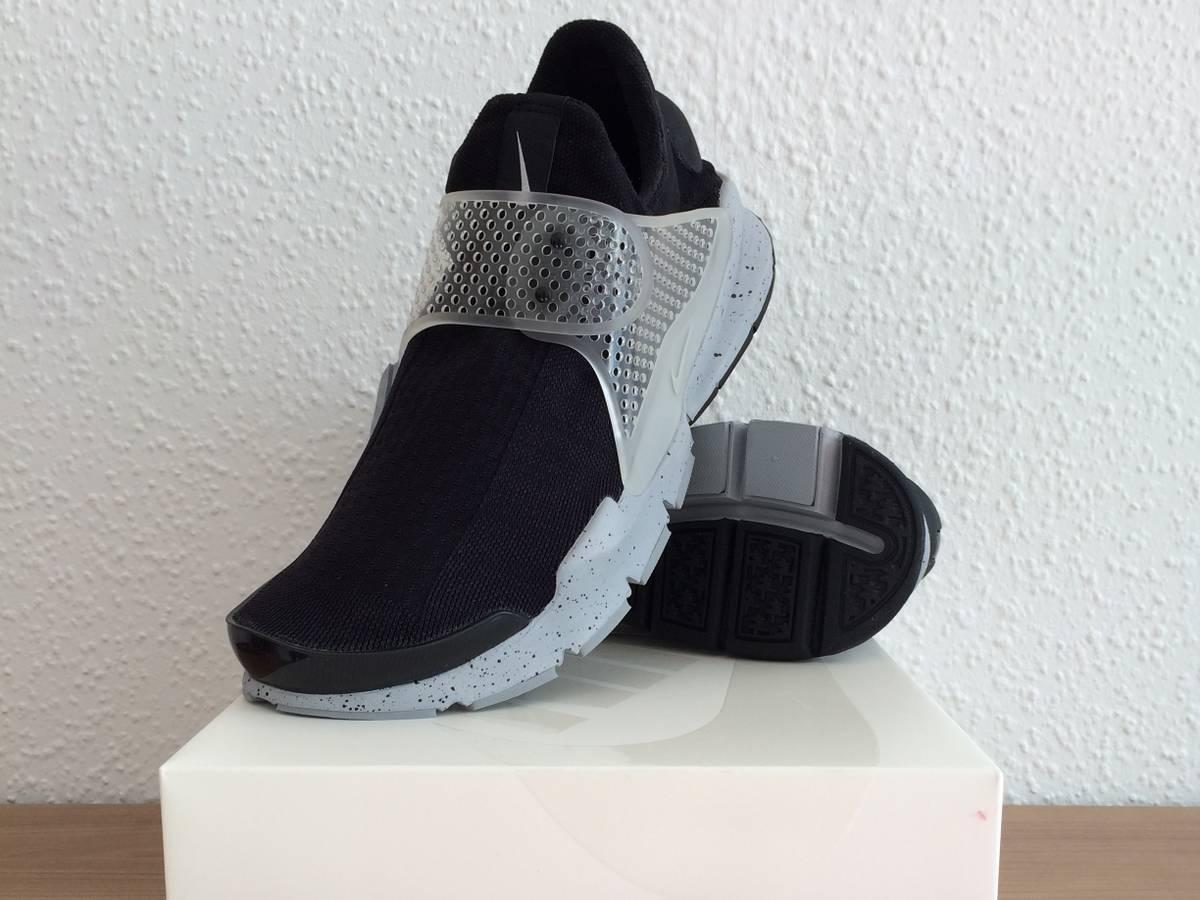 sports shoes b73c7 f1624 nike sock dart sp silver