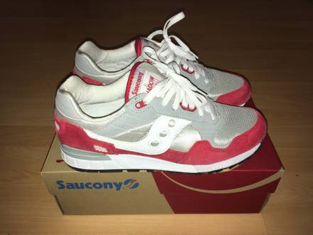 <strong>Saucony</strong> Shadow 5000 - photo 1/6